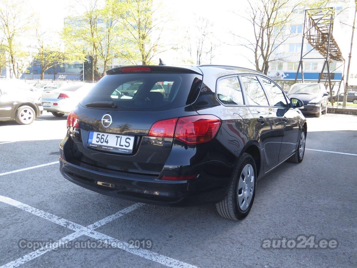 2fc65836076 Opel Astra SPORTS TOURER 1.7 81 kW. prev. next