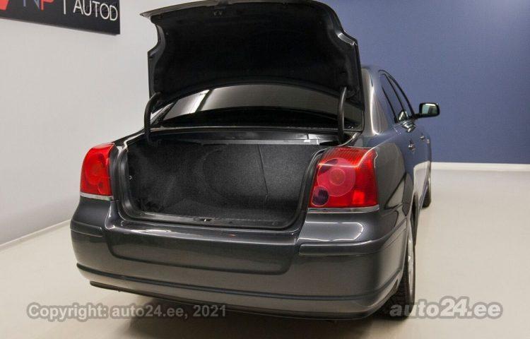Купить б.у Toyota Avensis VVT-i 2.0  108 kW  цвет  года в Таллине