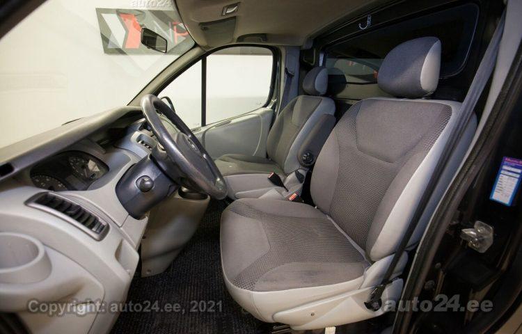 Купить б.у Opel Vivaro Selection 2.0  84 kW  цвет  года в Таллине