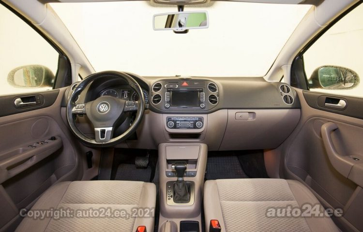 By used Volkswagen Golf Plus 1.6  77 kW  color  for Sale in Tallinn