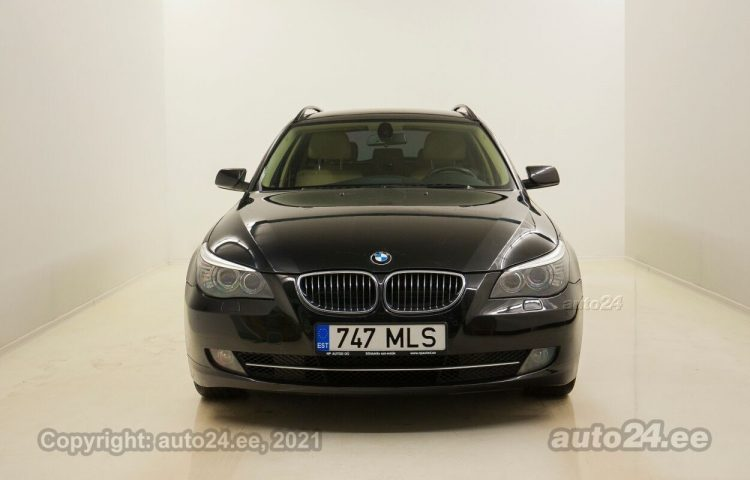 By used BMW 523 Touring Eclusive 2.5  140 kW  color  for Sale in Tallinn