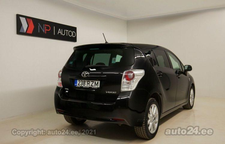 Osta kasutatud Toyota Verso Break ATM 2.2  110 kW  värv  Tallinnas