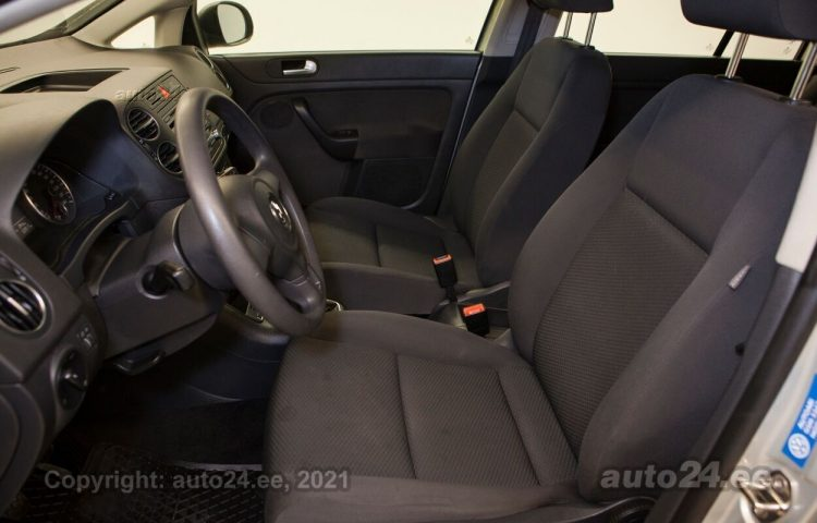 Osta kasutatud Volkswagen Golf Plus Bluemotion TSI 1.2  77 kW  värv  Tallinnas