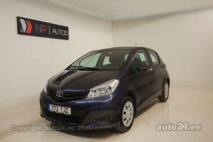 Купить б.у Toyota Yaris 1.3  73 kW 2012 цвет синий года в Таллине