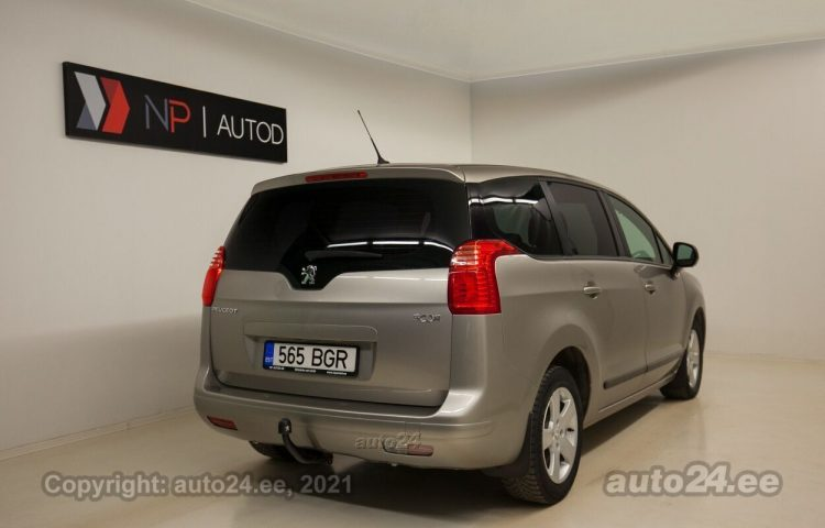 Osta kasutatud Peugeot 5008 1.6  88 kW  värv  Tallinnas