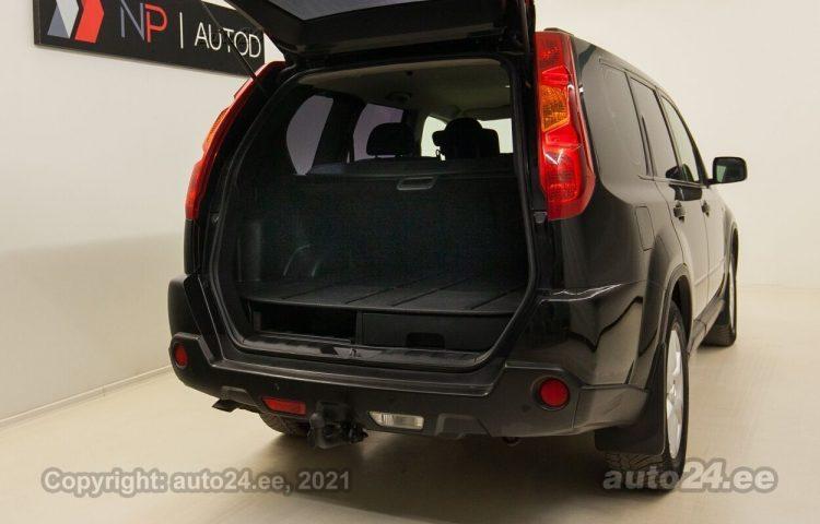 Osta käytetty Nissan X-Trail 2.0  110 kW  väri  Tallinnasta                      </a>     </div>         <div class=